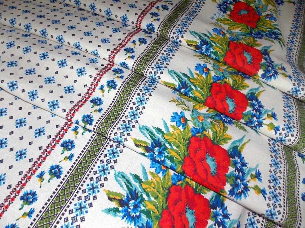 Скатерть 150*150 см, полульняная ткань (Маки)